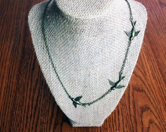 Tris inspired Three Bird Necklace