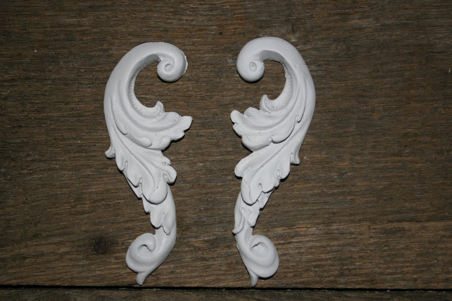 Shabby Chic appliques onlays furniture mouldings shabby chic