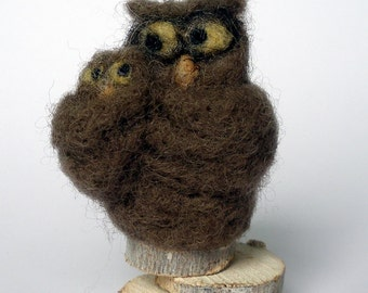 Needle felted Mother Owl with her baby