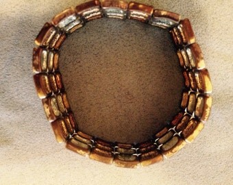 Vintage bracelet to wear on that special occasion!