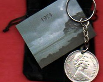 1974 British Old Large Ten Pence Coin Keyring Key Chain Fob Queen Elizabeth II