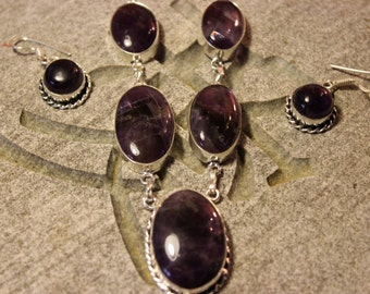 Amethyst necklace & earring set