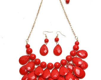 Red Pearl/Faceted Teardrop Chain Necklace & Earring Set