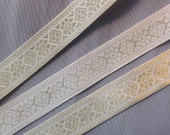 3 meter white and gold metal brocade trim