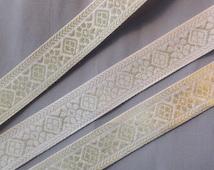 3 meter white and gold metal brocade trim