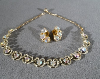 Vintage Art Deco Spectacular Aurora Borealis Yellow Gold Tone Chocker Necklace and Clip-on Earring Set     KW