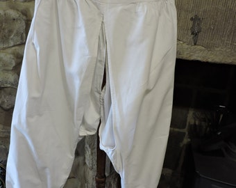 A pair of Victorian white cotton bloomers / pantalettes / drawers / underwear