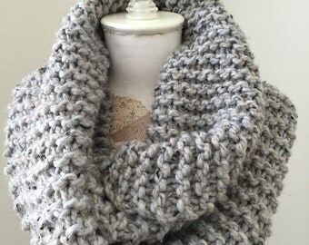 Chunky Knit Grey Marble Cowl, Knit Infinity Cowl, Cozy Circle Scarf, knit Cowl Scarf