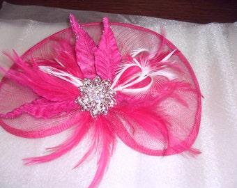 Bright pink fascinator