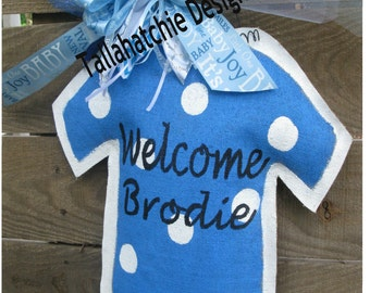 Baby Boy Burlap Door Hanger- Hospital Door Hanger-New Arrival Door Hanger- Bodysuit Door Hanger-Nursery Decor-Birth Announcement
