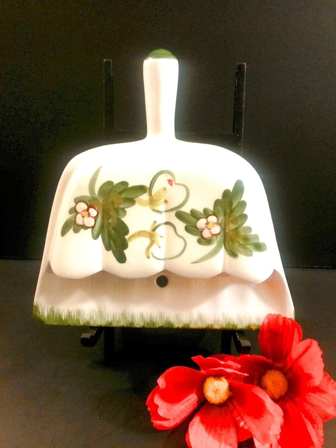 Vintage Ceramic Dust Pan Wall Pocket With Strawberries Shabby