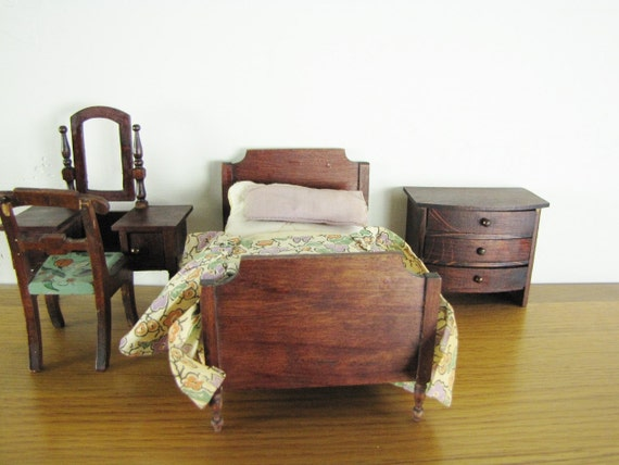 Antique German And Tynietoy Dollhouse Furniture Bedroom Bed