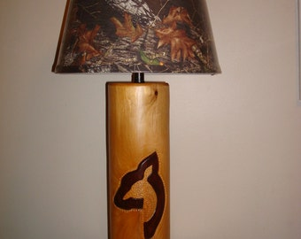 Doe log lamp