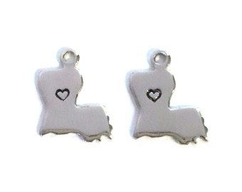 2x Silver Plated Louisiana State Charms w/ Hearts - M070/H-LA
