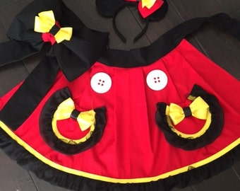 Mickey hostess apron