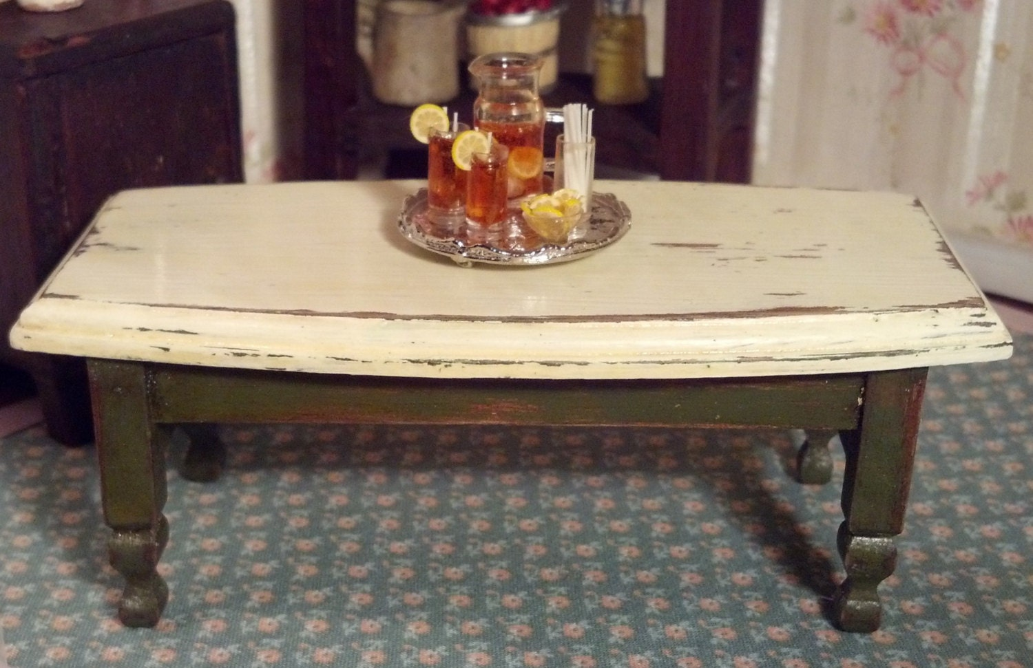 Rustic Green White Coffee Table 1 Scale By FabulousRefurbs