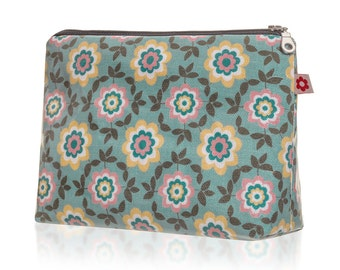 Betty in Duck Egg Oilcloth Washbag by Susie Faulks/ Bag/ Oilcloth Bags/ Made in England/ Make Up Purse