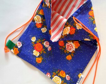 Swimming bag lined blue with flowers