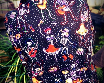 Folkloric Skulls Long Sleeve Shirt.Size 5