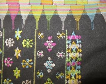 hand woven ikat SARONG/Pareo/Lombok/76 ins x 50 ins/indonesia
