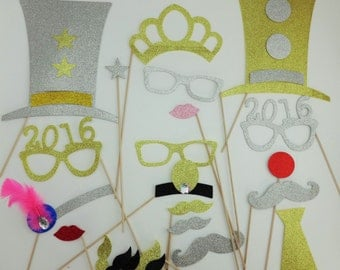 Glasses 2016 Photo Booth Props New Years Props 2016 Graduate Glasses 24 pc New Years Jumbo Glasses for Photo Booth Gold and Silver