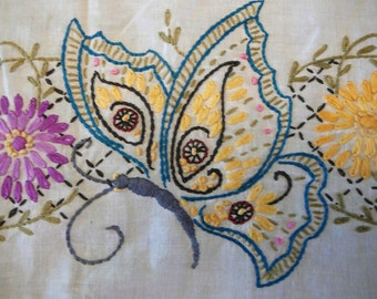 Embroidered bed pillows cover