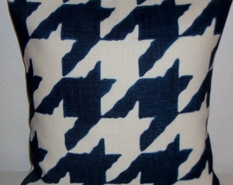 "Tessa Proudfoot Design BLUE HOUNDSTOOTH CHECK fabric cushion cover, pillow cover, 16"" x 16"" (41cm x 41cm)"