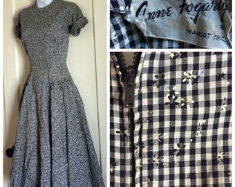 Vintage 1950's Black and White Gingham Check Dress 26 inch waist Flower Print