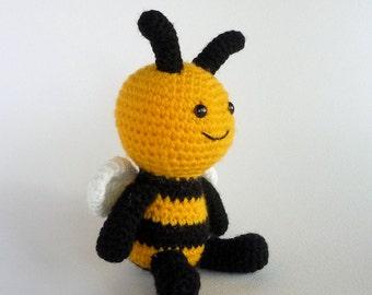 Cute Little Bee, Small Amigurumi Bee, Crochet Toy Bee, Stuffed Toy, Bee Softie, Stuffed Animal, Insect, Bumble Bee, Miniature Amigurumi