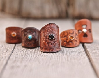 Unisex leather rings with crystal or turquoise rivets