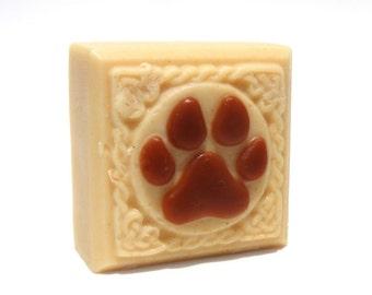Dog Soap - Anti-Itch soap - Dog shampoo bar - Colloidal Oatmeal pet soap - Soothing Handmade Soap bar - Glycerin - paw print - dog wash
