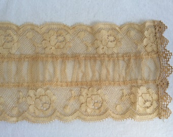 "Antique Victorian Roses Ecru 3.5"" Wide Lace Trim with Gathered Net Insert Nice for Waistband or Insertion 43"" Long"