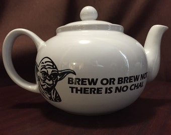Star Wars inspired Yoda stoneware Brew or brew not there is no chai teapot 6 cup tea pot