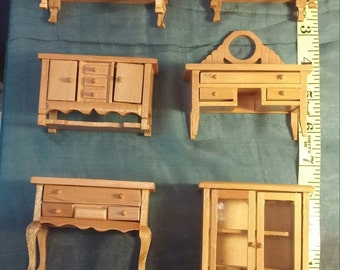 Dollhouse Furniture Set Miniature Table Cabinets Hutch Dresser Bedroom Living Room Doll House Varnished Pine 12 Pieces 1990s.