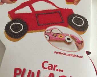Pull apart cupcake cake pan