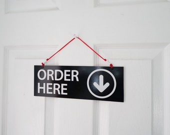 1set Order here/pickup here with arrow direction sign