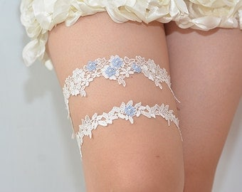 garters for wedding,blue bridal garter, wedding garter, bride garter set, white lace garter set, something blue garter, beaded floral garter
