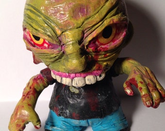 Zombie kidrobot custom munny vinyl figure the walking dead walker monster