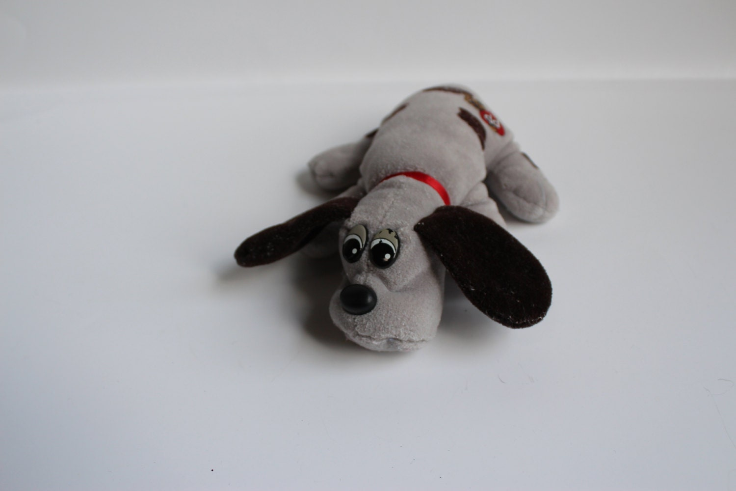 POUND PUPPY stuffed animal Vintage Stuffed Plush Grey with