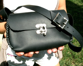 LEATHER PURSE - Hand Crafted in the USA - Distressed leather purse- Crossover Bag - Leather Handbag -