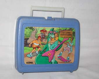 vintage 1989 thermos the last dinosaur lunchbox  free shipping in the usa!!!