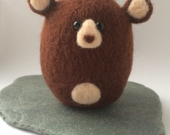 Needle felt bear. Felted brown bear. Needle felt gift. Made to order. Cute gift. Needle felted animal
