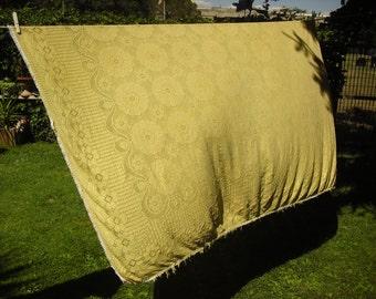Bedspread crochet yellow shabby chic vintage