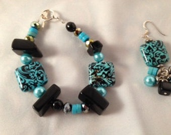 Turquiose and black combination beads