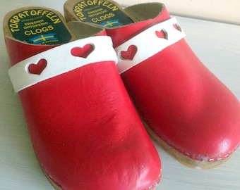 Vintage Scandinavia/Swedish children's clogs from the 70s