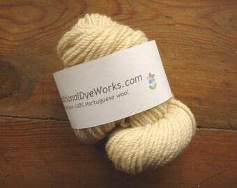 Arraiolos 100% wool Portuguese tapestry yarn wool rug yarn embroidery traditional rug wool yarn Portuguese rug yarn wool yarn