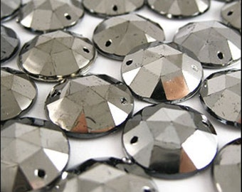 Acrylic stones. Distressed look. Sew on x100. 17mm ( 0.66 Inch) Faceted - Round. JR05083 BULK