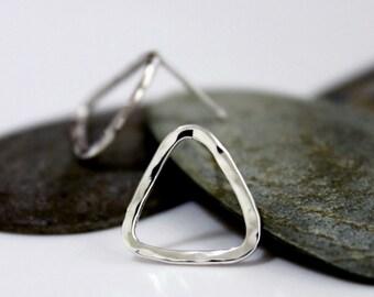 Sterling Silver Triangle Earrings, Hammered Silver Earrings, Simple post earrings, Handmade Silver Earrings.