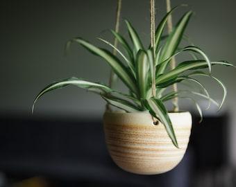 CERAMIC HANGING PLANTER// succulent planter - ceramic planter - hanging planter - modern hanging planter - hostess gift - matte cream