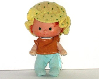 1980s Strawberry Shortcake Doll - Apple Dumpling Wearing Berry Wear Sold Separately - No Shoes - American Greetings - Excellent Condition